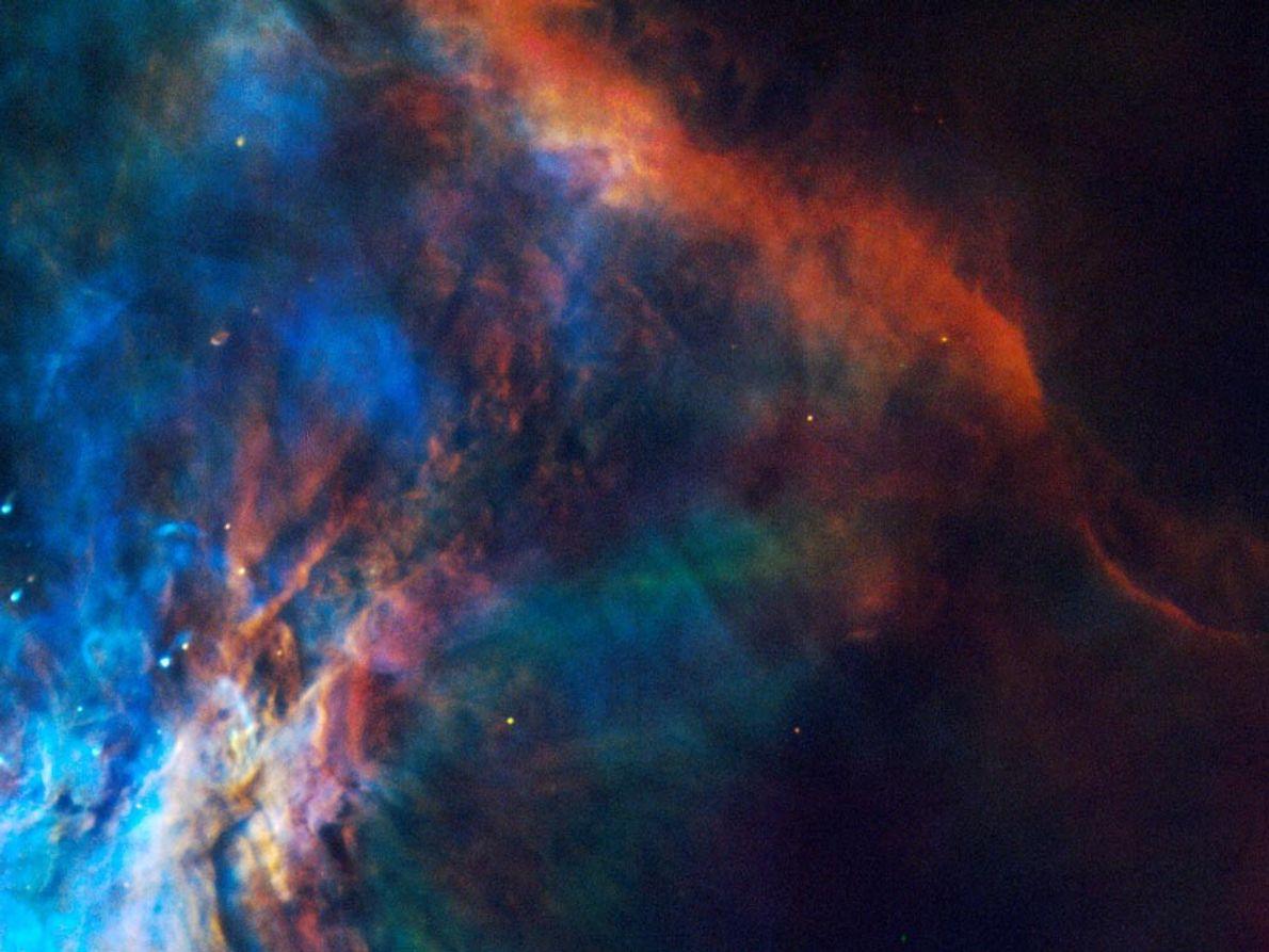 NEBULOSA DE ORIÓN - Este mosaico de colores auténticos, capturado por el telescopio espacial Hubble, muestra …