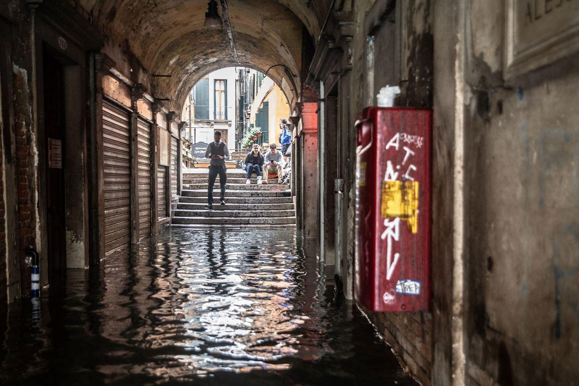 El futuro a largo plazo de la ciudad sigue siendo incierto en un mundo con mares ...