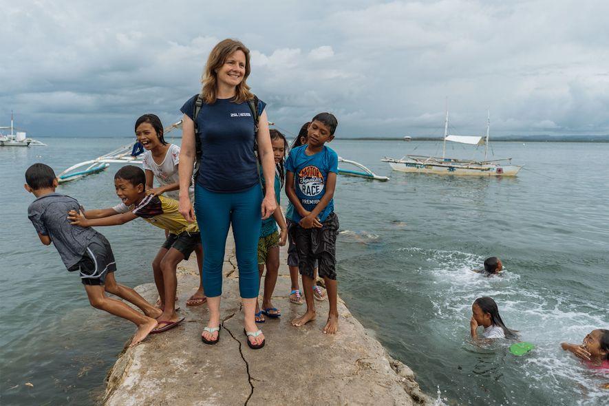 Koldewey gets to know Bohol's locals.