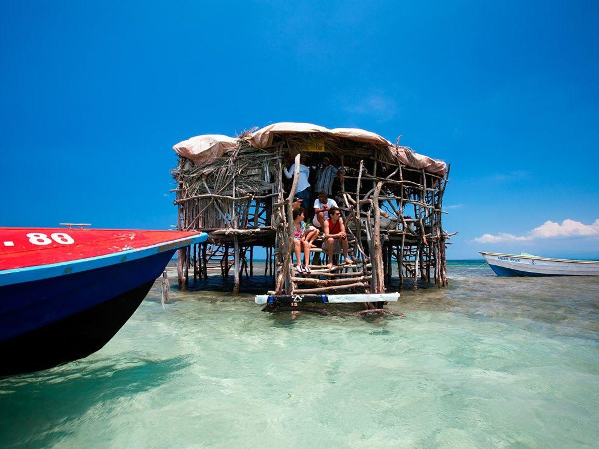Bar sobre un banco de arena