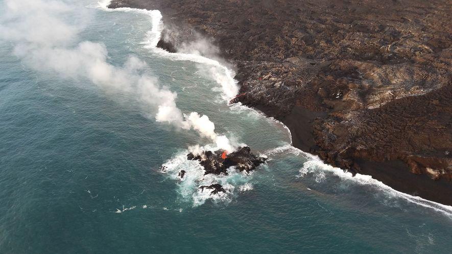 La erupción del Kīlauea formó este islote de corta existencia frente a las costas de Hawái.