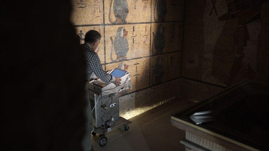 Escaneo apoya la teoría de una cámara secreta en la tumba del rey Tutankamón