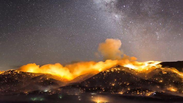 Time-Lapse:  Los peligrosos y devastadores incendios de California