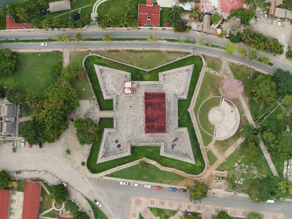 Escenas inéditas: Fuerte de San Felipe | Sobrevolando