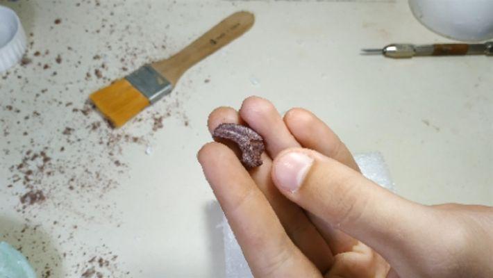 ¿Cómo se prepara una garra de dinosaurio de 90 millones de años para su estudio?