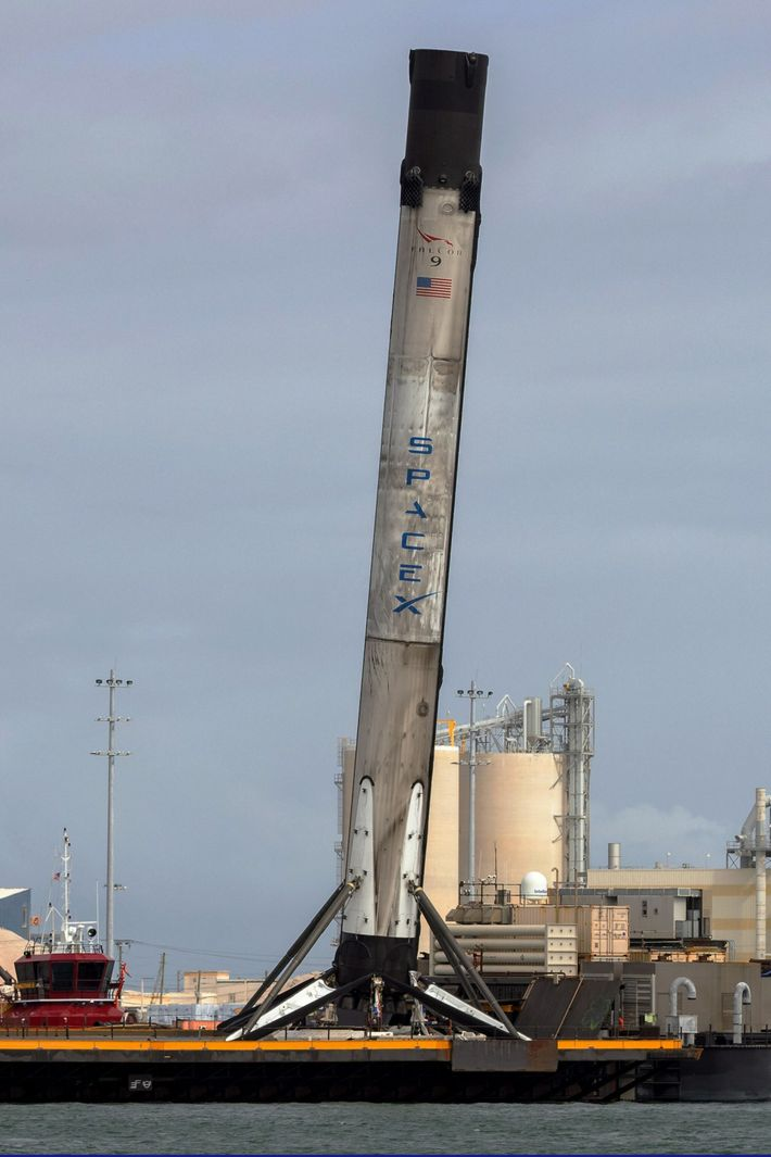SpaceX Crew-1 booster