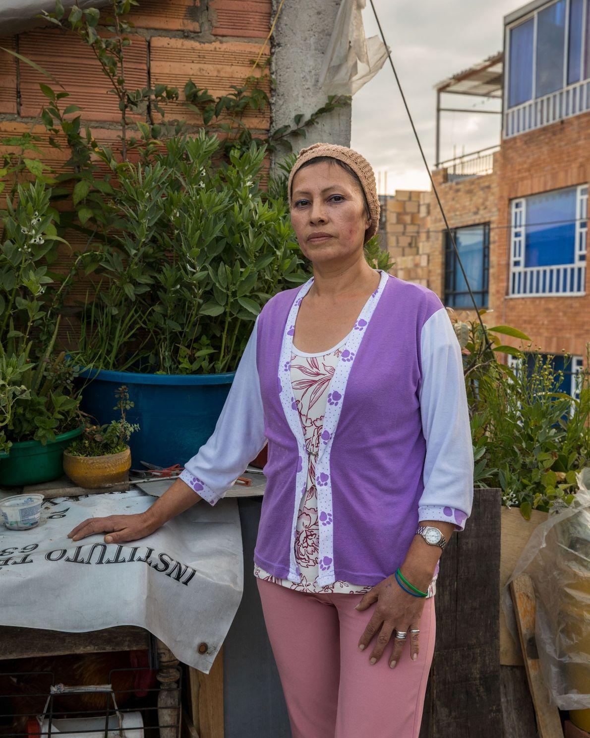 María Yaneth Leguizamo García ha vivido en Unir II durante 10 años. Es costurera pero no ...