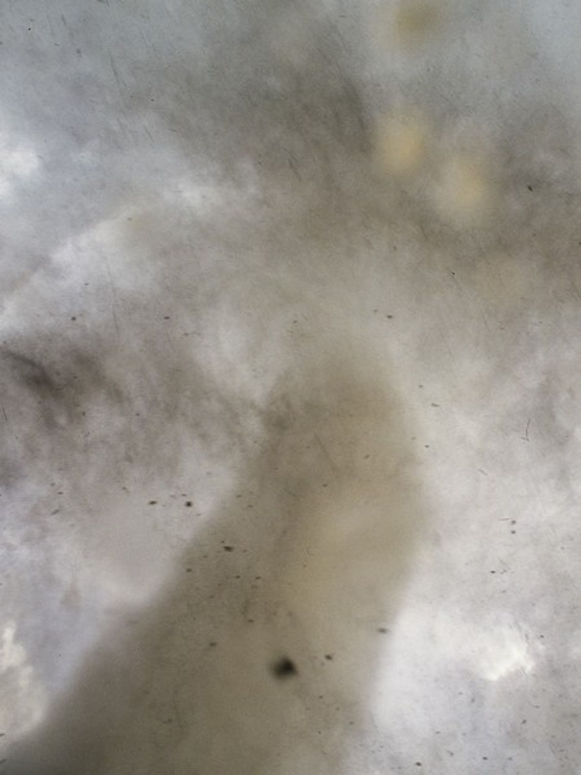 Un fotógrafo captó este primer plano extremo de un embudo de tornado en Manchester, Dakota del ...