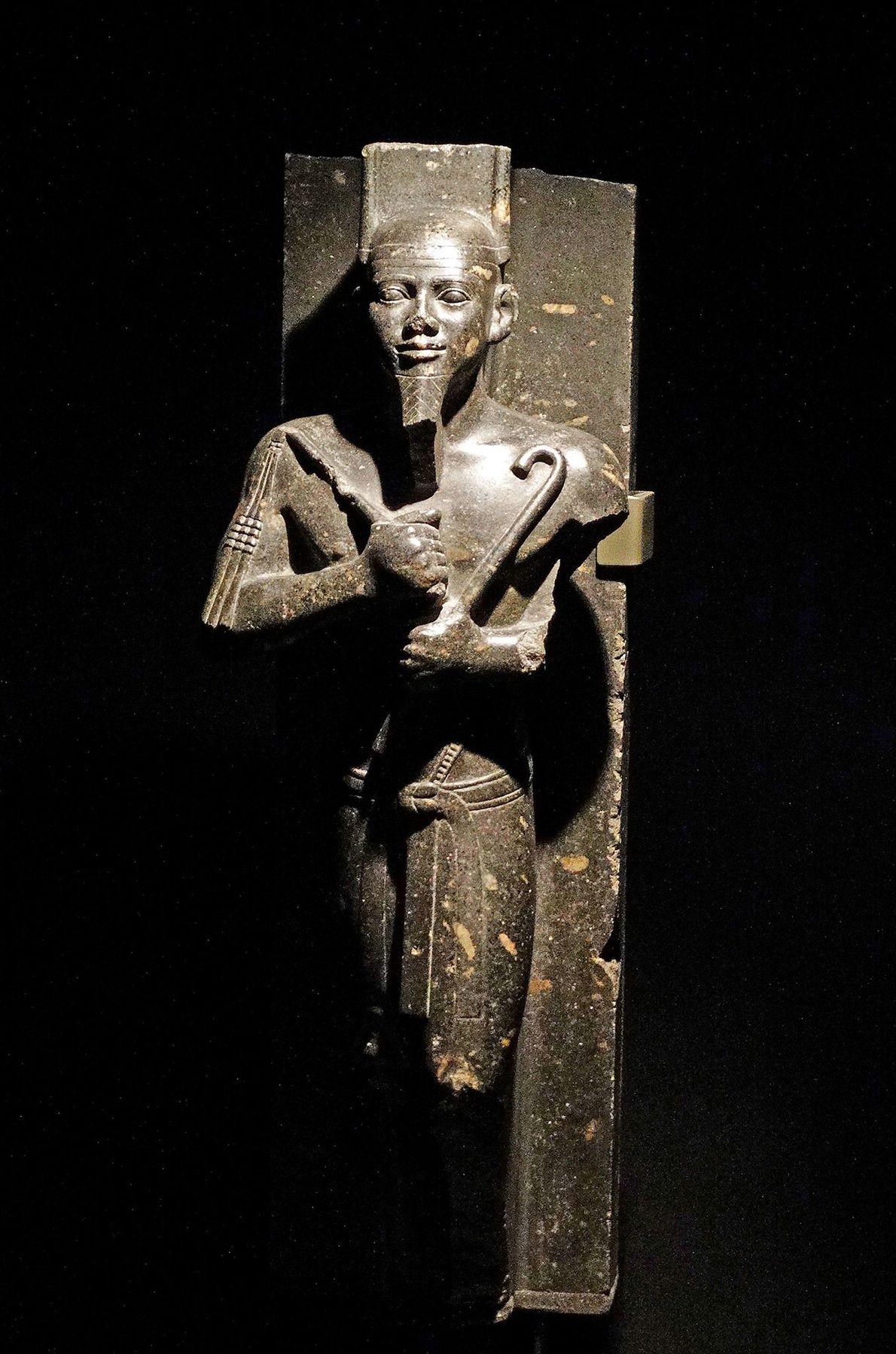 Una estatua del faraón Taharqa, quien gobernó todo Egipto en el siglo VII a.C.