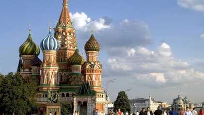 Descubre las coloridas catedrales y los sorprendentes palacios de Moscú