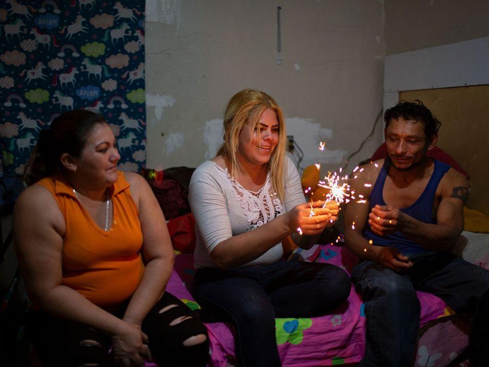 Historias de personas transgénero que buscaban asilo en Estados Unidos y quedaron varadas en México