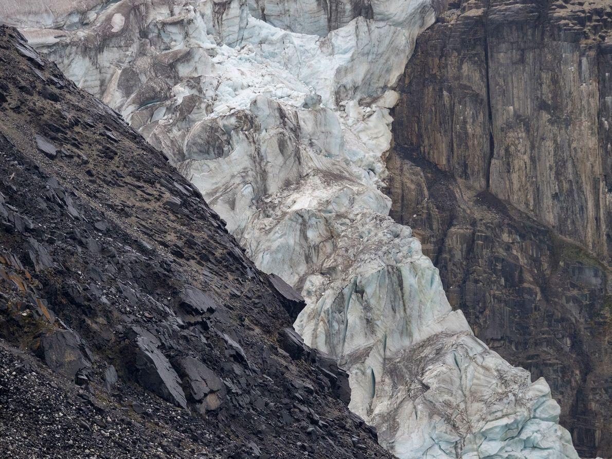 Un glaciar se desintegra en Noruega.