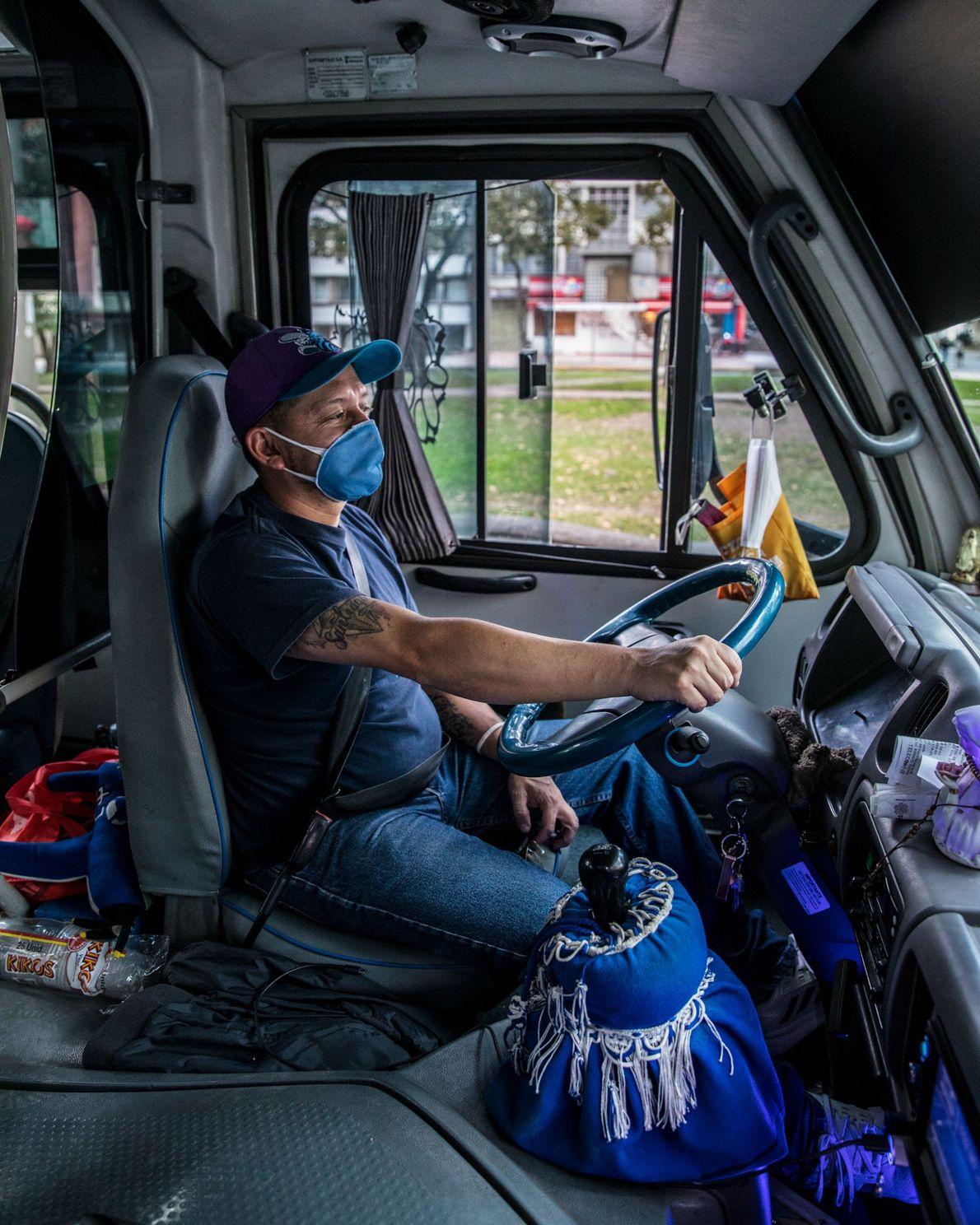 Nacido y criado en los Altos de Cazucá, Carlos Augusto Ramírez es conductor de un colectivo ...