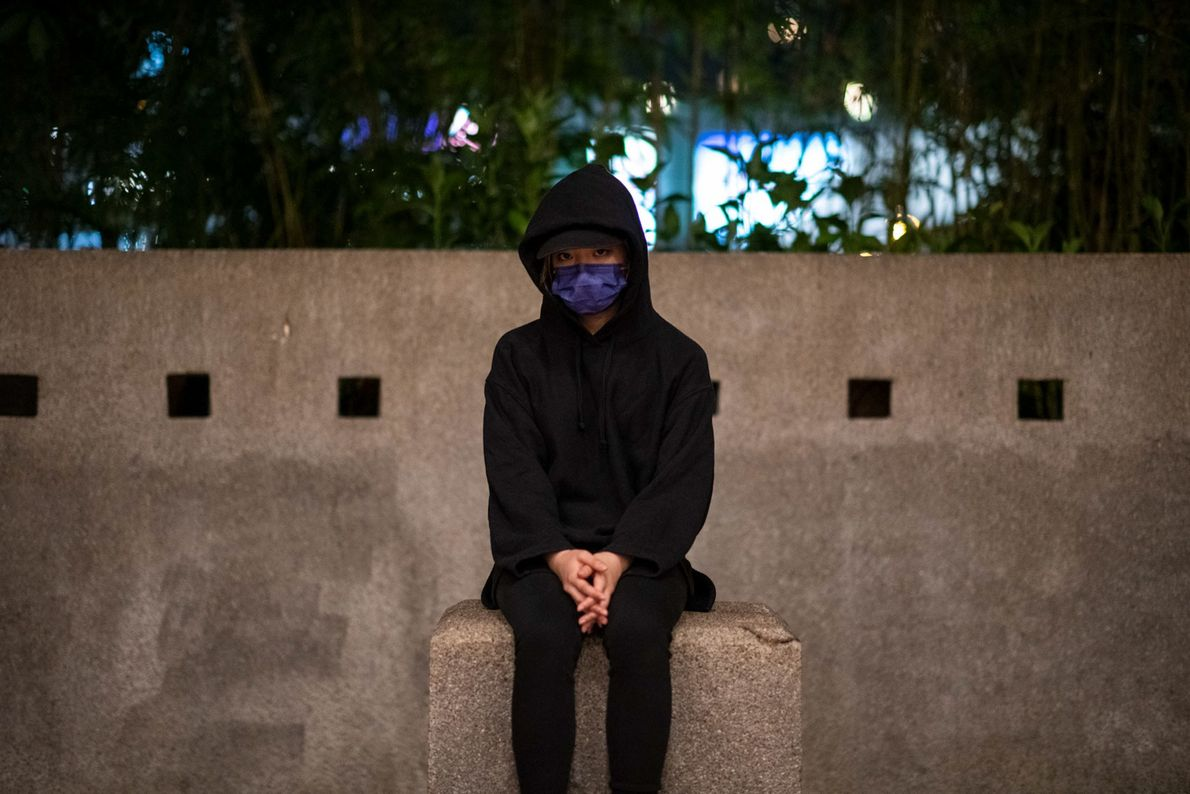 Una estudiante de 21 años en la Universidad Politécnica, donde más de 1.000 personas fueron arrestadas ...