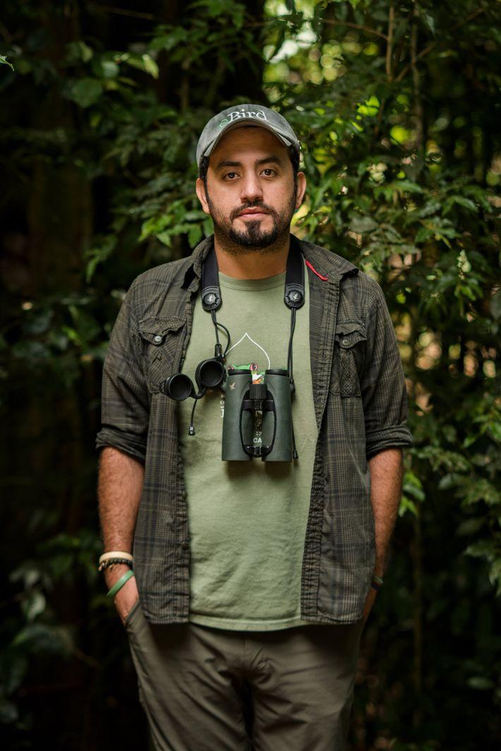 David Rodríguez, 34 años, es un guía de observación de aves y biólogo que preveía una ...