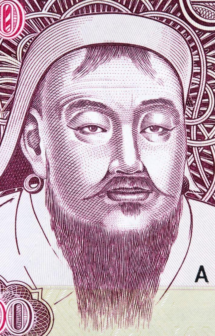 Algunos países miran la historia antigua para reflejar su orgullo nacional. En Mongolia, Genghis Khan aparece ...