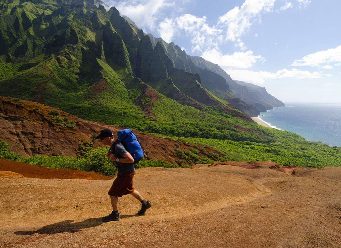 Ver los paisajes de Kauai por tierra, mar y cielo