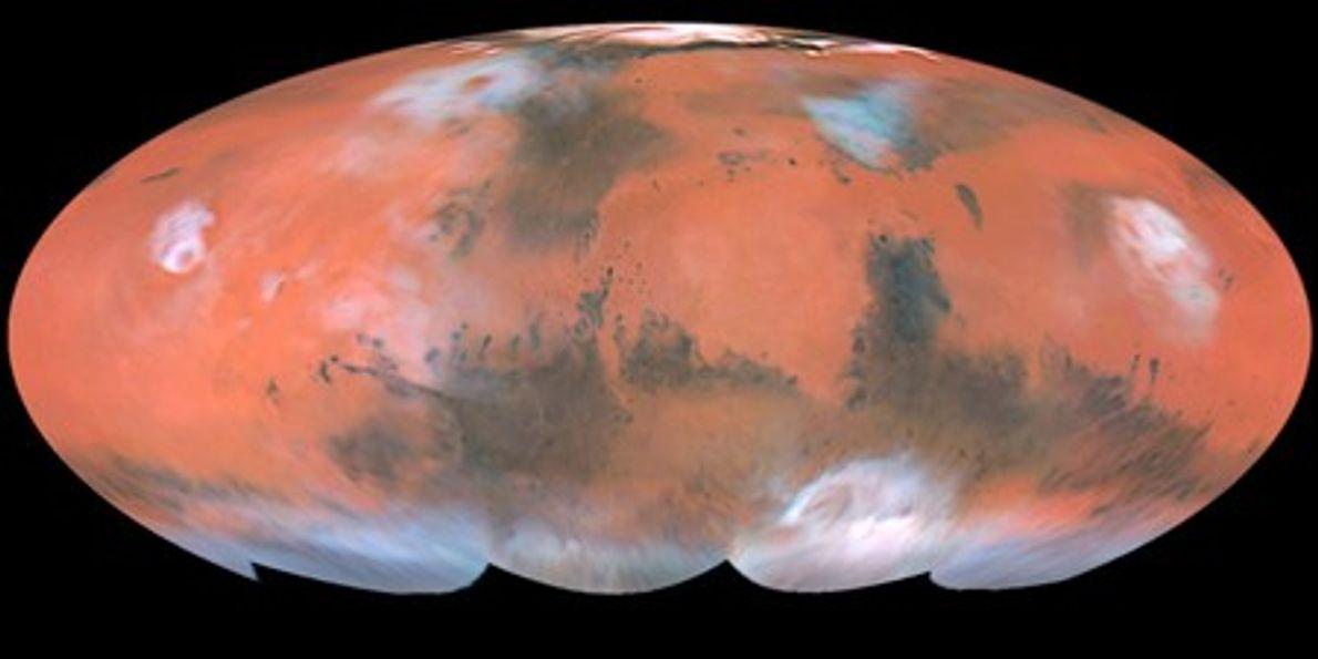 Mapa en color de Marte creado con imágenes de Hubble, tomadas cuando el planeta se encontraba ...