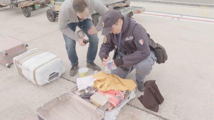 Equipaje activa la alarma de explosivo | Alerta Aeropuerto Roma