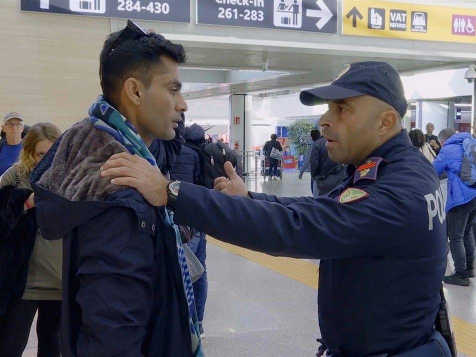 Un pasajero ebrio intenta abordar su vuelo | Alerta Aeropuerto Roma