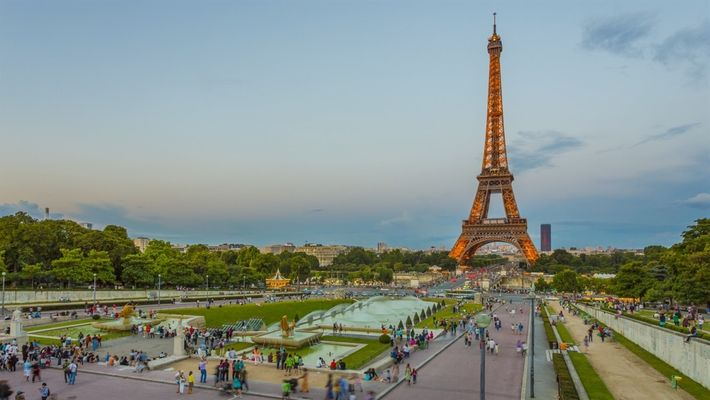 Cómo limpiar la Torre Eiffel