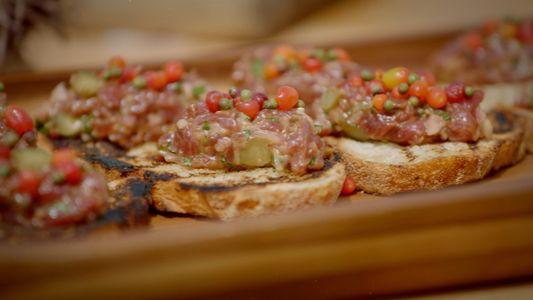 Receta de Tasmania: Tartar de ualabí | Gordon Ramsay: Sabores Extremos