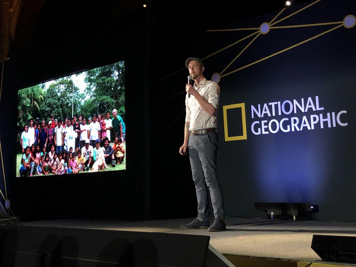 Andrew Whitworth (Reino Unido) Biólogo conservacionista tropical que trabaja en Costa Rica y Perú.