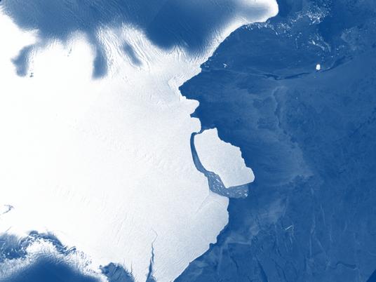 Antártida: se desprende iceberg de más de 1.500 kilómetros cuadrados