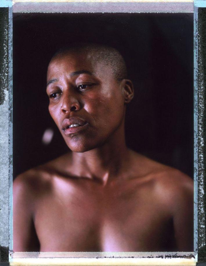 Mili, 35 años, Sudáfrica. En abril de 2010, Milli fue a quedarse con una amiga. El ...