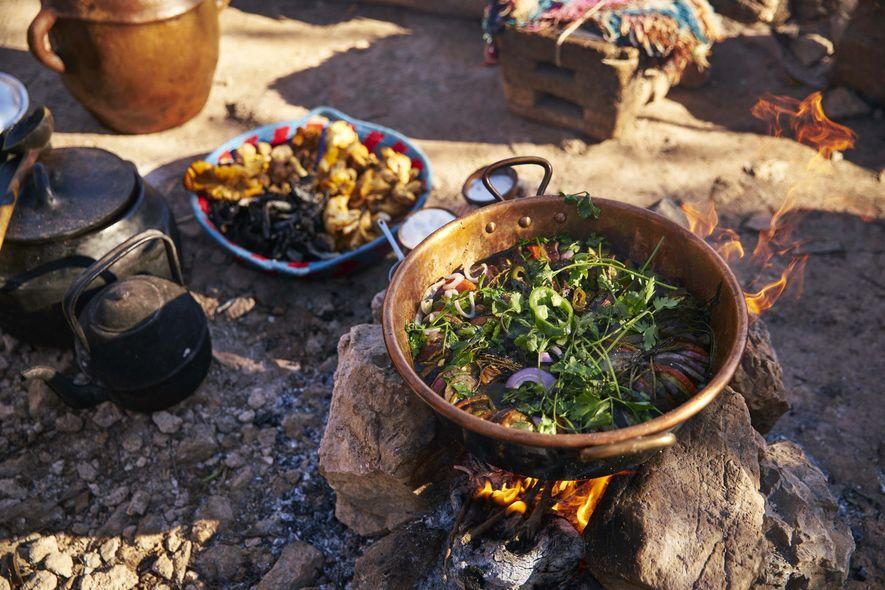 La cocina está en marcha para la celebración del año nuevo marroquí.