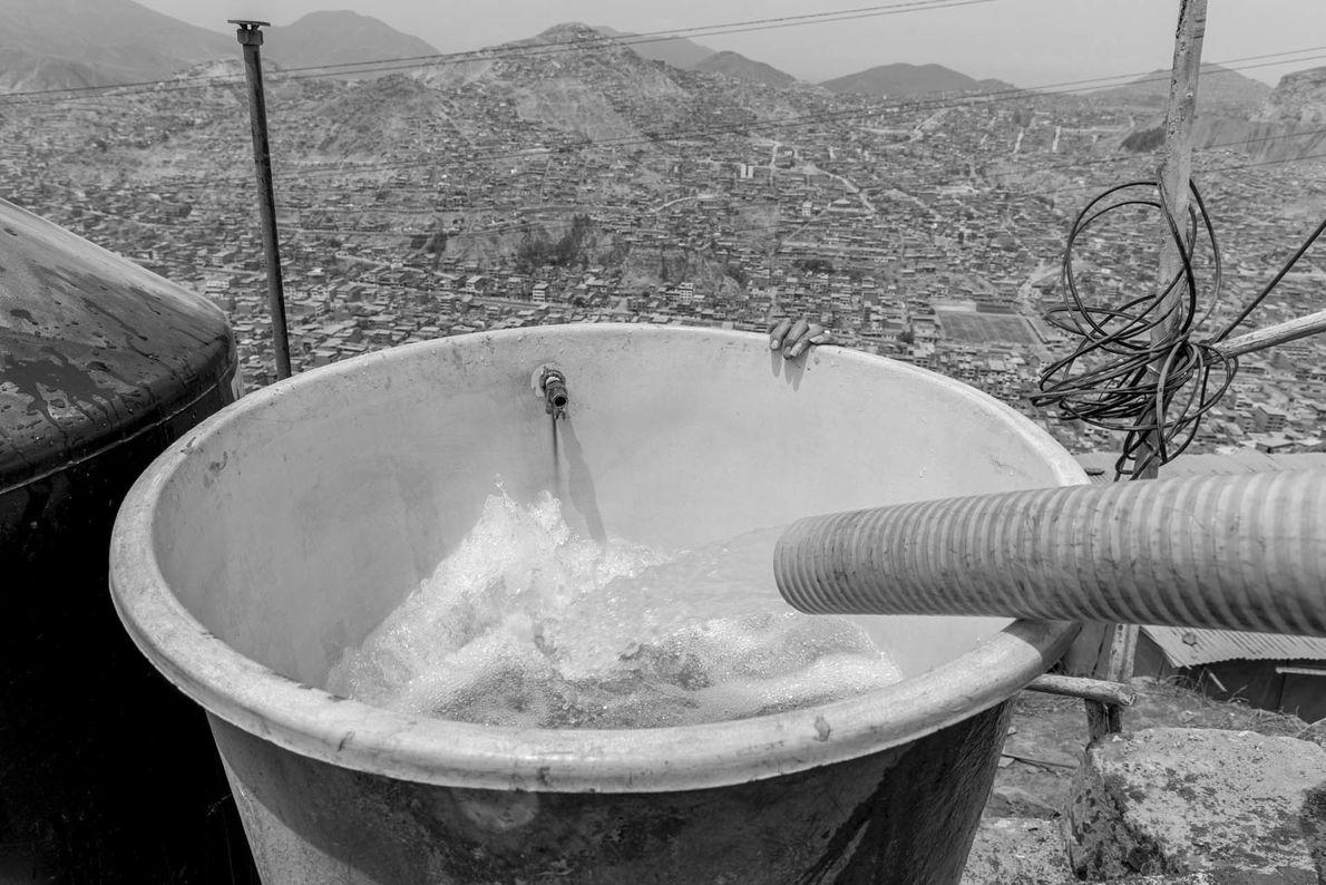 """""""Otro problema que enfrentan los pobladores, es la limpieza del agua, la cual no siempre es ..."""
