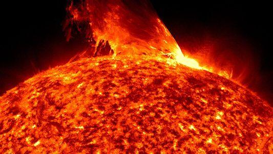 Telescopio que orbita la Tierra ve el otro lado del Sol por primera vez