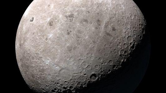 ¿De qué está hecha la luna y cómo se formó?