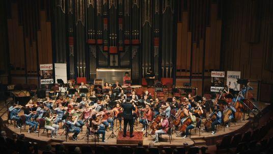 Una sinfonía inacabada | Cortometrajes del premio Nobel de la Paz