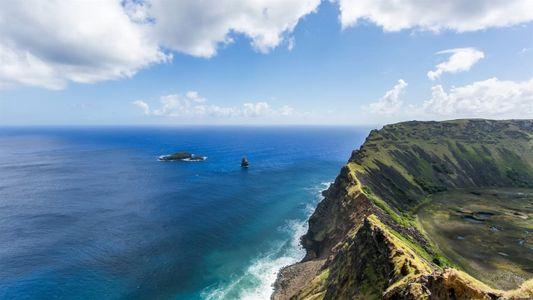 Explora los misterios de los moái en la Isla de Pascua