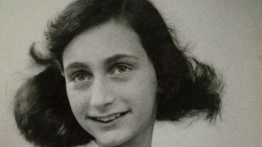 Un equipo de expertos busca a la persona que traicionó a Ana Frank