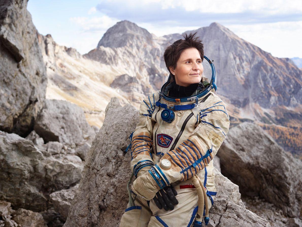 La astronauta italiana Samantha Cristoforetti tiene el récord del segundo vuelo espacial ininterrumpido más largo realizado ...