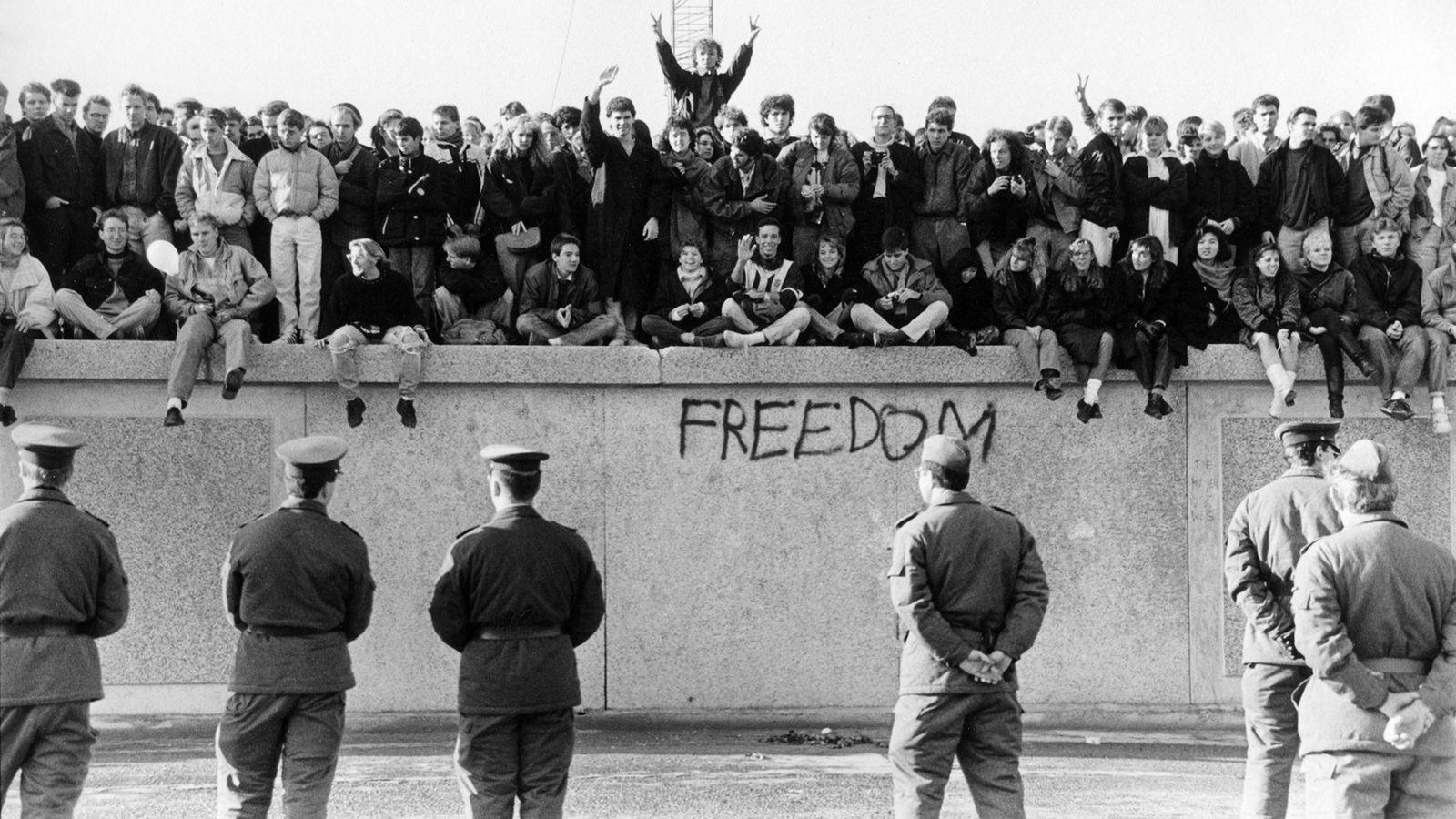 Por qué se levantó el Muro de Berlín... y cómo cayó | National ...