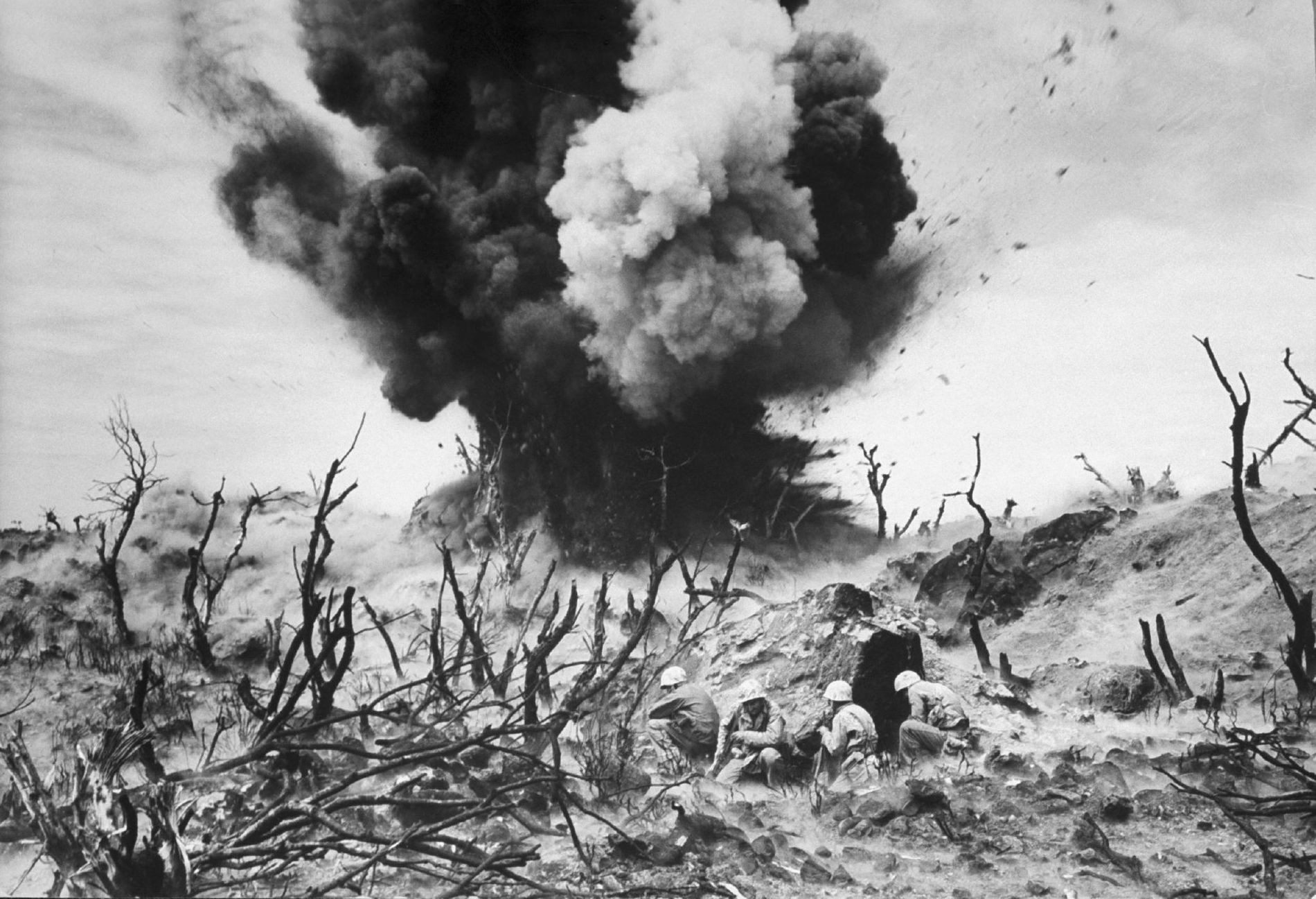 Entre las batallas más brutales de la Segunda Guerra Mundial en el Pacífico, la Batalla de ...