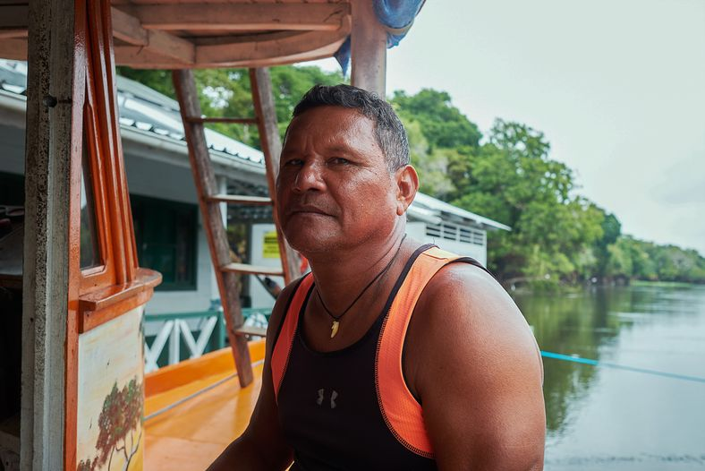 Antônio Peixe-boi nació en la comunidad de Vila Alencar, hoy parte de la reserva de desarrollo ...