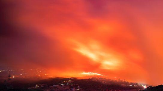 Imagen del incendio de El Dorado en el condado de San Bernardino, el 5 de septiembre ...