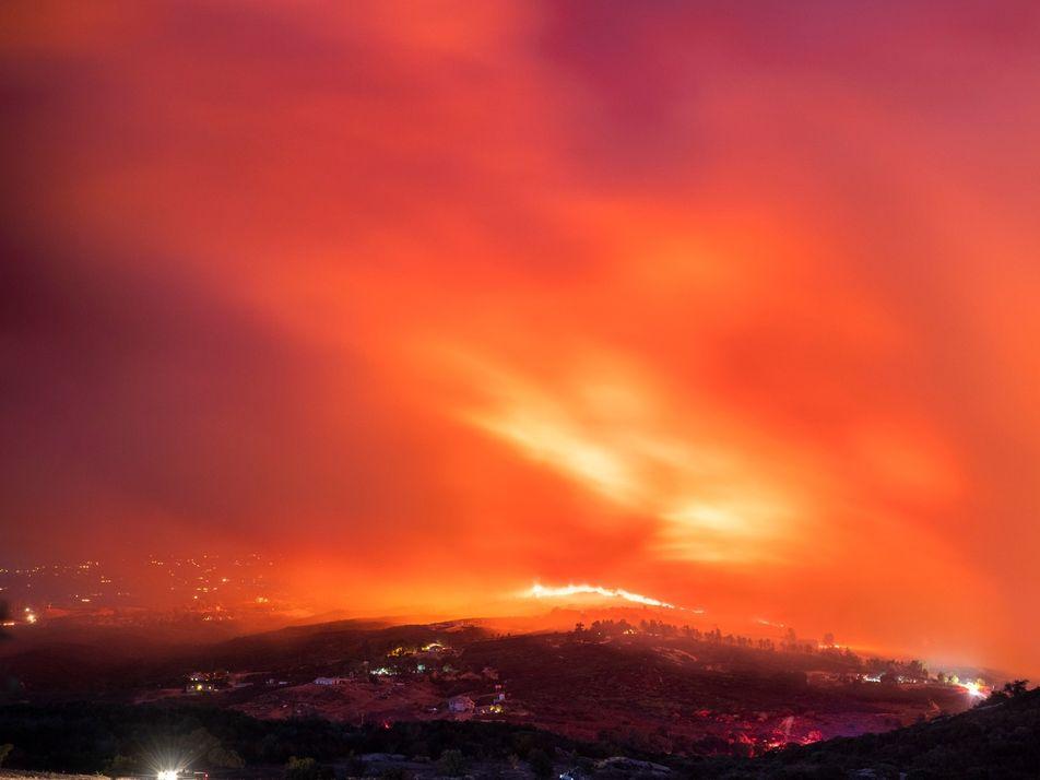 California: los esfuerzos para contener los devastadores incendios forestales