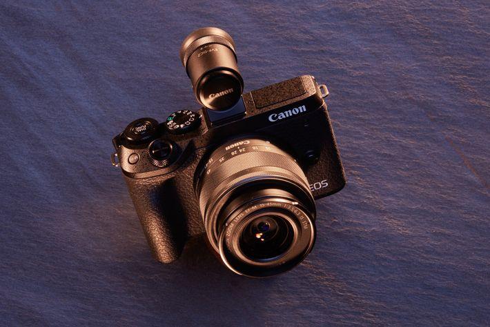 Ideal para: principiantes. Los controles simples, la pantalla táctil y la interfaz ya conocida de Canon implican ...