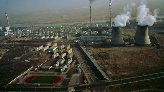 Las centrales eléctricas de carbón siguen emitiendo grandes cantidades de dióxido de carbono cada año.