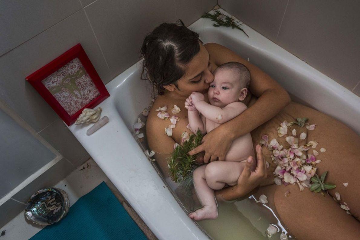 Laura Sermeño y su bebé celebran el fin de la cuarentena -el período en que las ...