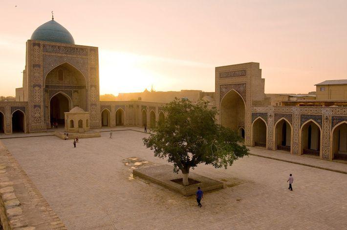 poi_kalan_bukhara_uzbekistan