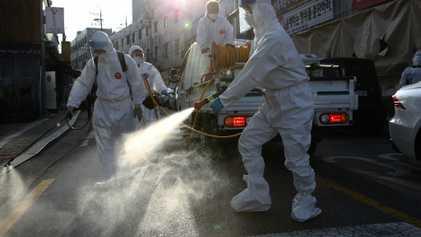 COVID-19: ¿Por qué algunos individuos son superpropagadores? ¿Cómo el cuerpo emite partículas infecciosas?