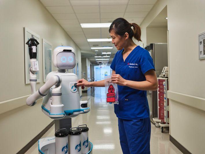 Incluso antes de la pandemia, el Medical City Heart Hospital en Dallas, Texas, estaba probando a ...