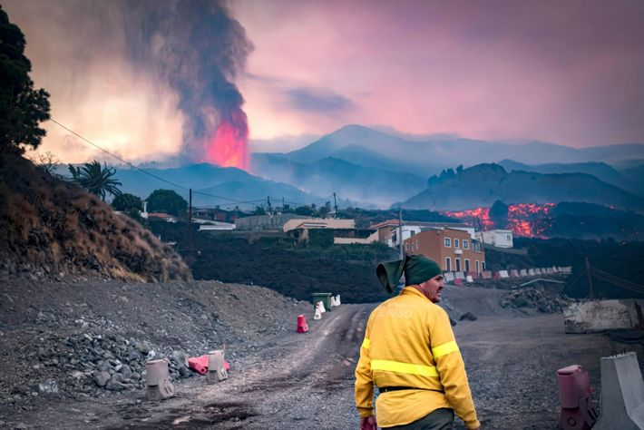 La última erupción vino precedida de una importante actividad sísmica. La vigilancia intensiva permitió a las ...