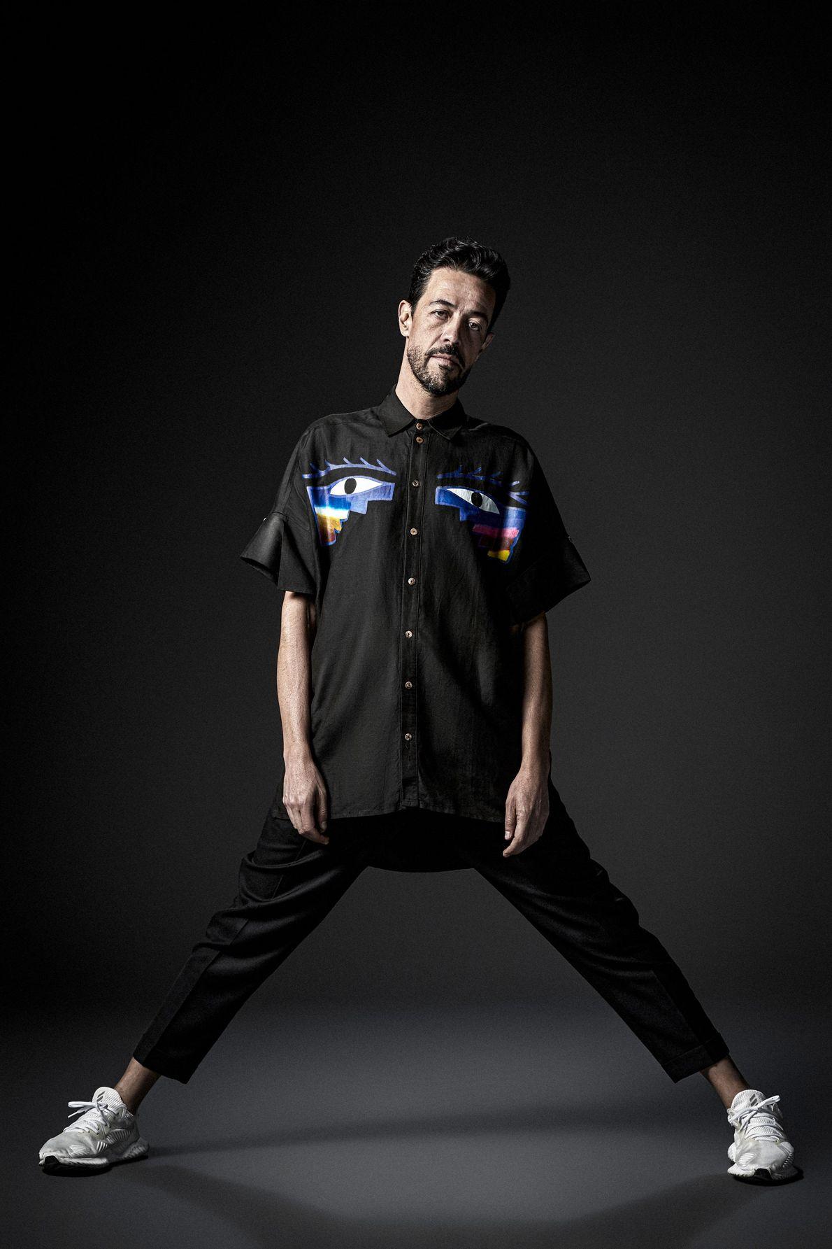Meme es un guitarrista, tecladista, cantante y productor. Fue el último en ingresar a Café Tacvba ...